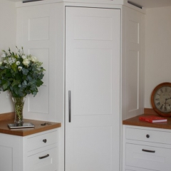 AC4201 - Corner Solid wood pantry