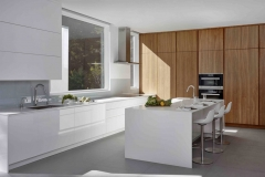 High gloss white lacquer and timber tone kitchen cabinet design-Allandcabinet